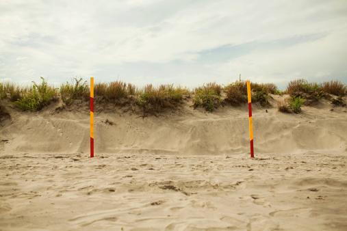 Goal Post「Goalpost on beach」:スマホ壁紙(2)