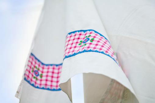 タータンチェック「Clean laundry on clothesline」:スマホ壁紙(14)