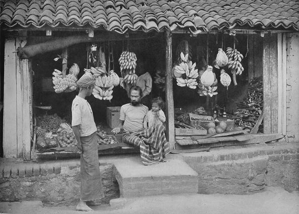Sri Lanka「'A Native Boutique or Fruit Shop', c1890,」:写真・画像(7)[壁紙.com]