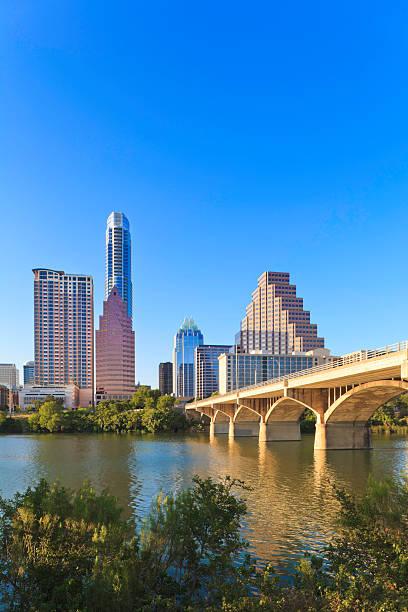 Austin Skyline with Congress Avenue Bridge:スマホ壁紙(壁紙.com)
