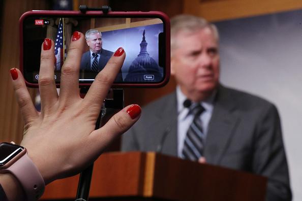 Conference Phone「Sen. Lindsey Graham (R-SC) Holds Press Conference On DOJ's Inspector General's Report」:写真・画像(19)[壁紙.com]