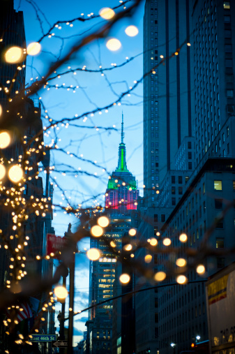 Focus On Background「Christmas in the city, Empire State Building」:スマホ壁紙(0)