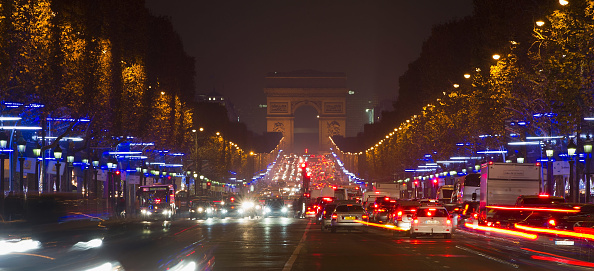 Panoramic「Christmas Illuminations 2011 On Champs-Elysees In Paris」:写真・画像(10)[壁紙.com]