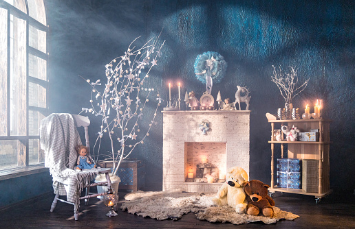Doll「Christmas interior of loft room」:スマホ壁紙(14)
