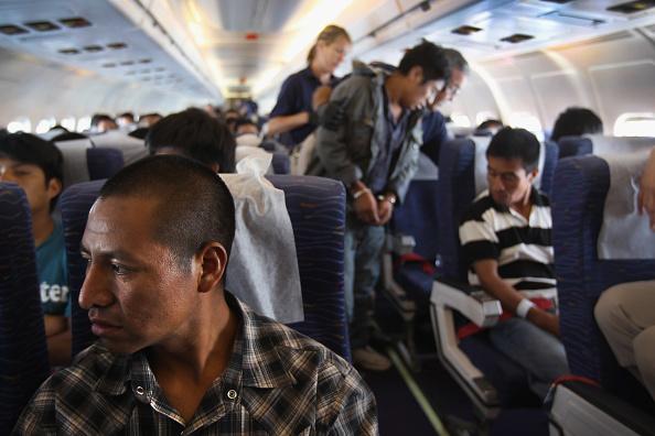 Arizona「Undocumented Immigrants To U.S. Repatriated To Guatemala」:写真・画像(9)[壁紙.com]