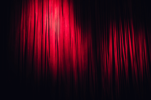 Velvet「Red Stage Curtain」:スマホ壁紙(15)