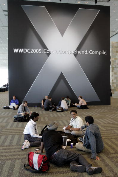Computer Programmer「Steve Jobs Opens Apple Worldwide Developers Conference」:写真・画像(15)[壁紙.com]