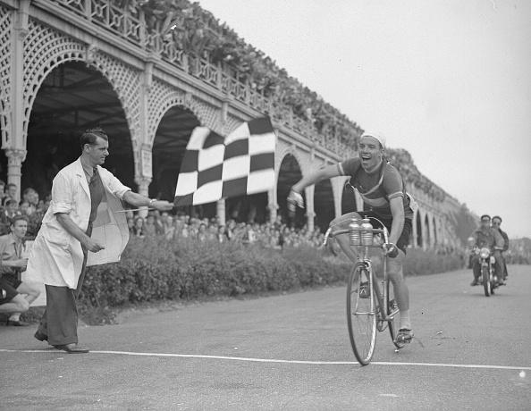自転車・バイク「He's A Winner」:写真・画像(19)[壁紙.com]