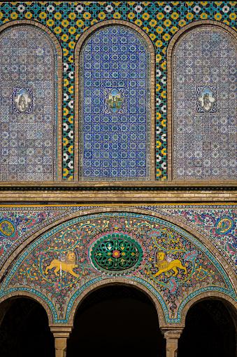 Iranian Culture「Tiled facade at Golestan Palace」:スマホ壁紙(14)