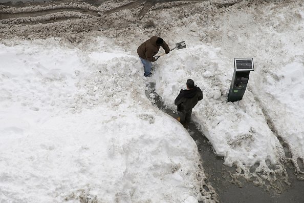2016 Winter Storm Jonas「Washington, D.C. Area Continues To Dig Out From Historic Snow Storm」:写真・画像(8)[壁紙.com]