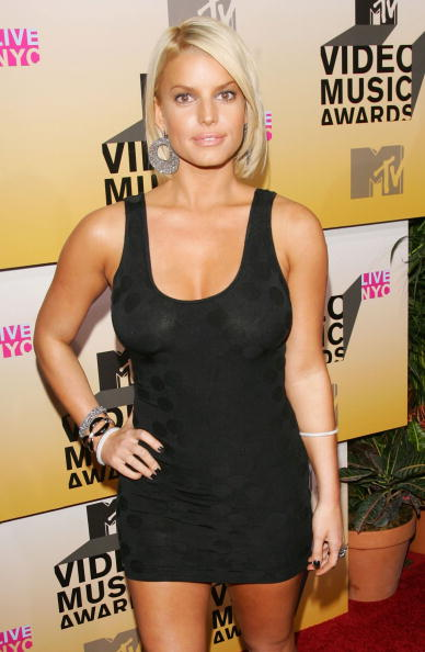Jessica Simpson「2006 MTV Video Music Awards - Arrivals」:写真・画像(18)[壁紙.com]