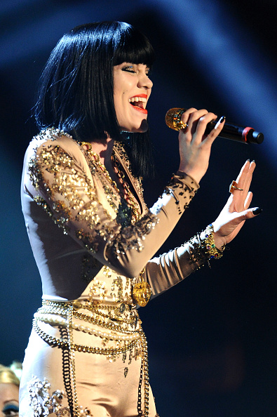 Gold Chain Necklace「MTV Europe Music Awards 2011 - Show」:写真・画像(13)[壁紙.com]