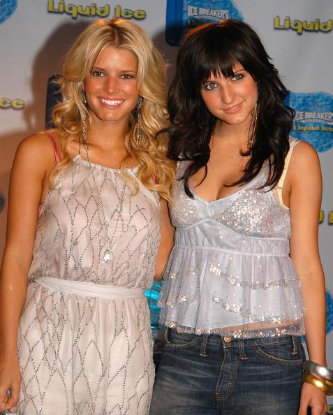 Sweet Food「Jessica Simpson And Ashlee Simpson Introduce Liquid Ice Breath Mints」:写真・画像(9)[壁紙.com]