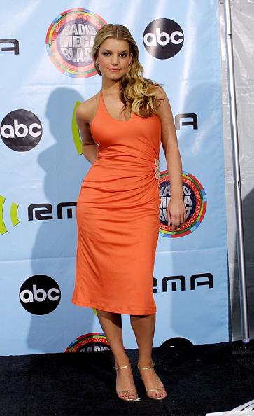 Jessica Simpson「2001 Radio Music Awards」:写真・画像(17)[壁紙.com]