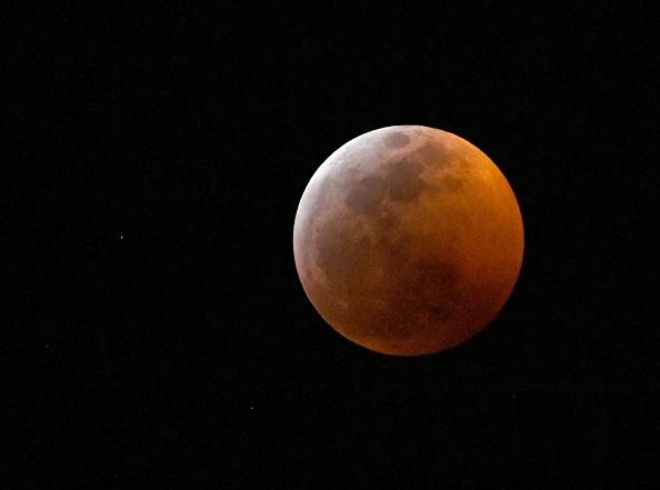 Variation「Views of Super Blood Wolf Moon」:写真・画像(16)[壁紙.com]
