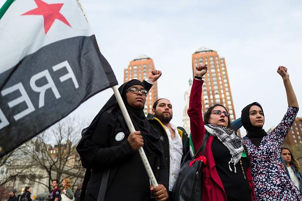 "Fist「""Women For Syria"" Vigil Held In New York's Union Square」:写真・画像(13)[壁紙.com]"