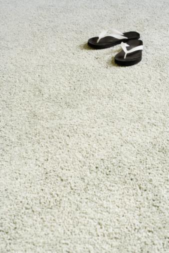 Flip-Flop「Sandals on carpet」:スマホ壁紙(2)