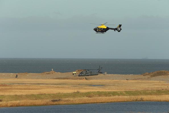 Stephen Pond「Four Killed After US Air Force Helicopter Crashed In Norfolk」:写真・画像(5)[壁紙.com]