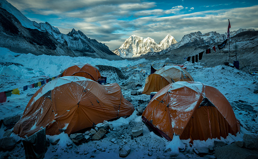 Himalayas「Nepal, Solo Khumbu, Everest, Sagamartha National Park, Tents at the Base camp」:スマホ壁紙(4)