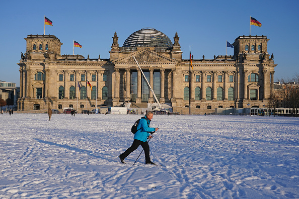 Weather「Snow Storm Hits Central Germany」:写真・画像(11)[壁紙.com]