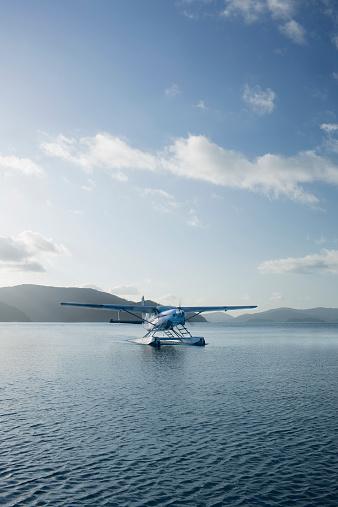 Queensland「Seaplane landing in Whitsunday Islands.」:スマホ壁紙(11)