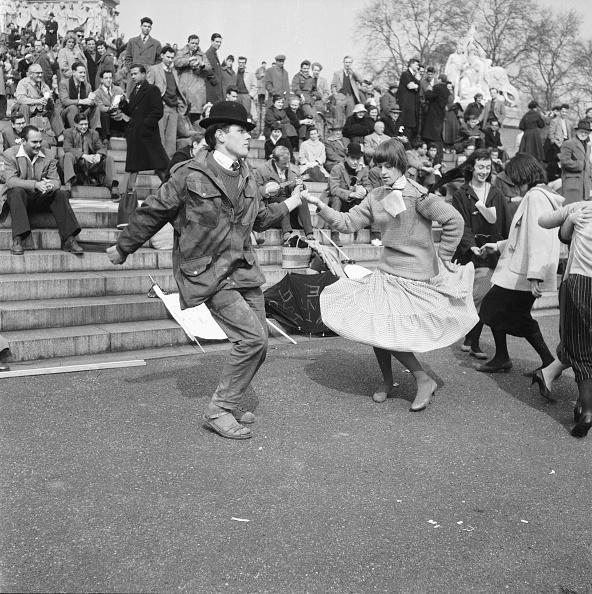 Skirt「H-Bomb Protest」:写真・画像(17)[壁紙.com]