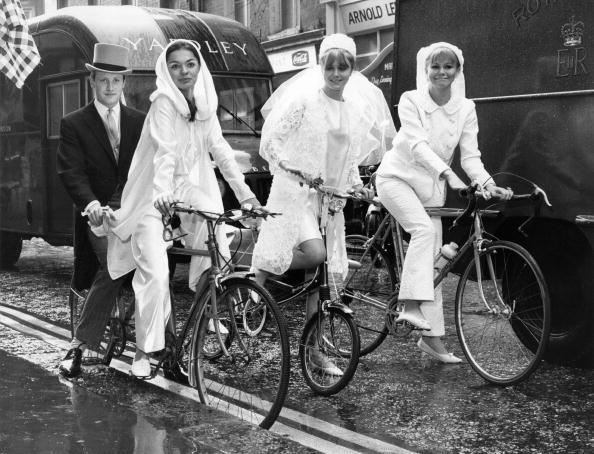 Wedding Dress「Brides On Bikes」:写真・画像(15)[壁紙.com]