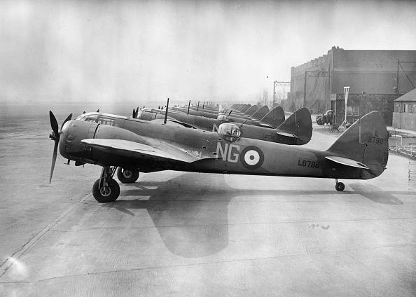 Airfield「Blenheims」:写真・画像(13)[壁紙.com]