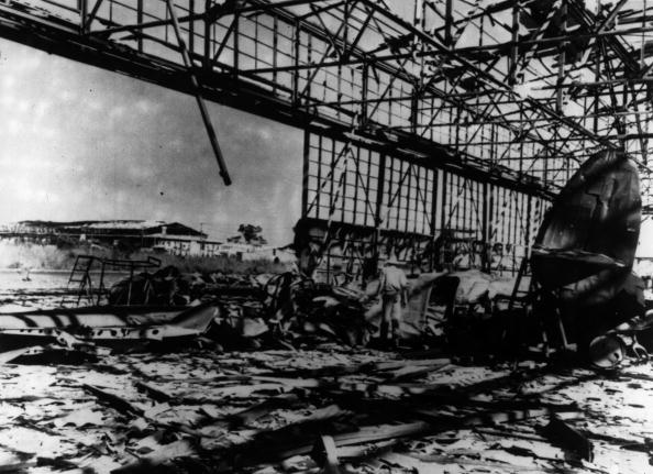 Bomb Damage「Port Darwin Bombed」:写真・画像(3)[壁紙.com]