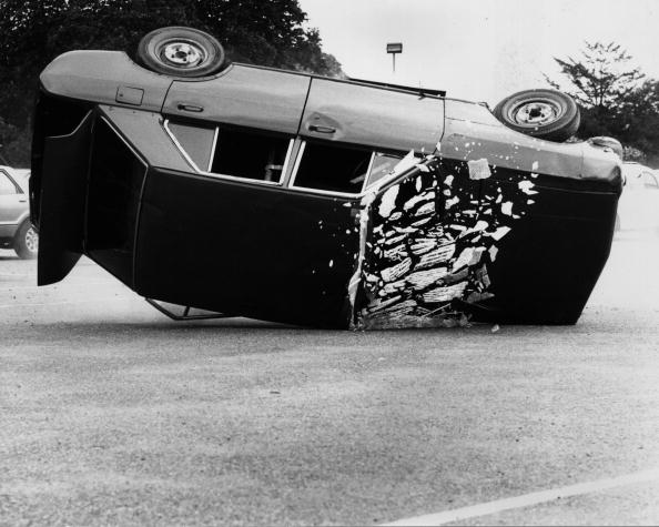 Demolishing「Car Stunt」:写真・画像(17)[壁紙.com]