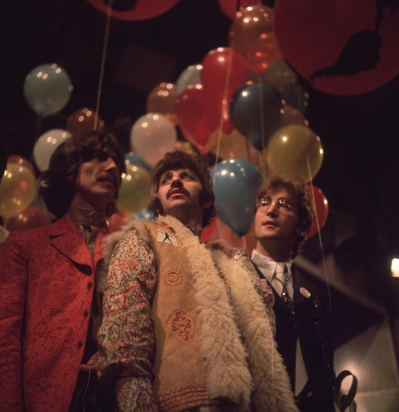 Color Image「Beatles And Balloons」:写真・画像(17)[壁紙.com]