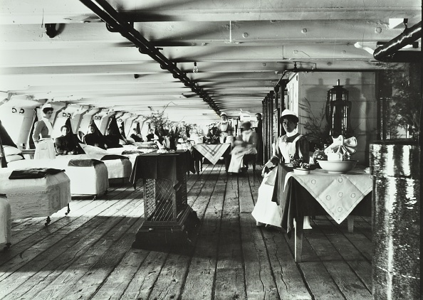 Ship「A Copy Of A Photograph Of The Ward Deck Of The Atlas Smallpox Hospital Ship, C1890-C1899. Artist: Unknown.」:写真・画像(15)[壁紙.com]
