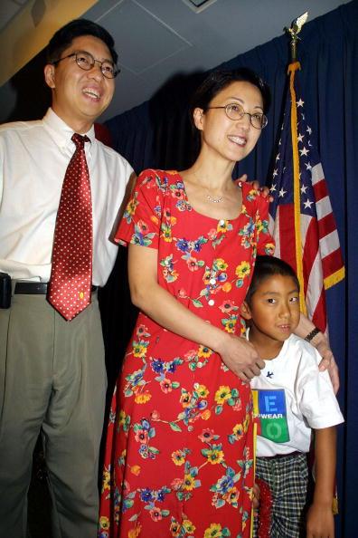 Blow Torch「U. S. Scholar Returns Home」:写真・画像(15)[壁紙.com]
