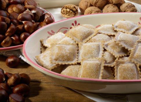 栗「Italian Ravioli pasta with chestnuts」:スマホ壁紙(12)