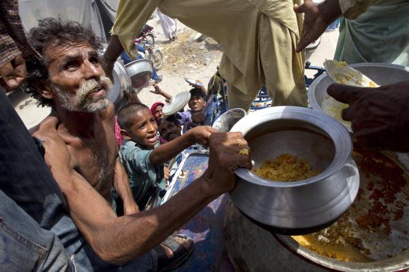 Hungry「Pakistan Flood Devastation Continues To Grow」:写真・画像(2)[壁紙.com]