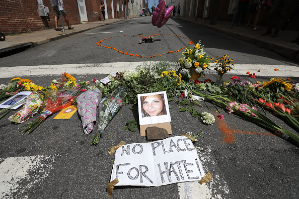 Surrounding「Community Of Charlottesville Mourns, After Violent Outbreak Surrounding Saturday's Alt Right Rally」:写真・画像(1)[壁紙.com]