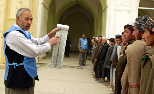Kabul「Afghans Go To The Polls In Historic Election」:写真・画像(17)[壁紙.com]