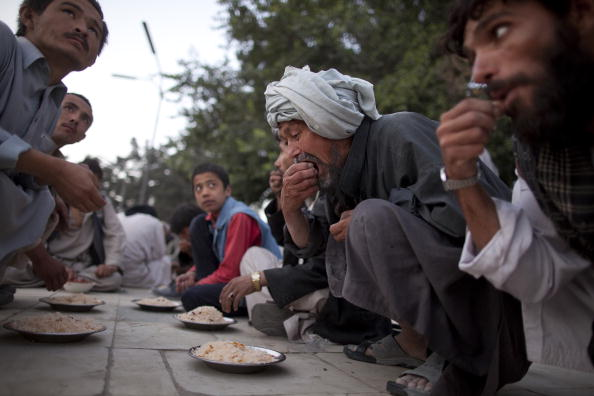 Kabul「Afghans Observe First Day Of Ramadan」:写真・画像(2)[壁紙.com]