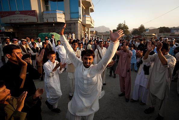 Kabul「Afghans Celebrate the First Day Of Eid al-Fitr」:写真・画像(11)[壁紙.com]