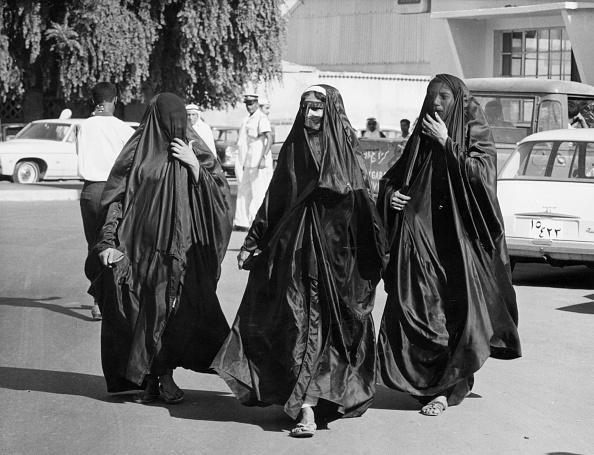 Tim Graham「Veiled Women」:写真・画像(7)[壁紙.com]