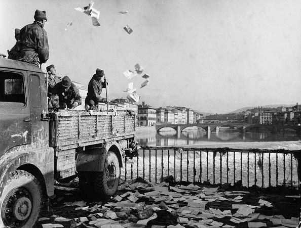 Tuscany「River Debris」:写真・画像(3)[壁紙.com]