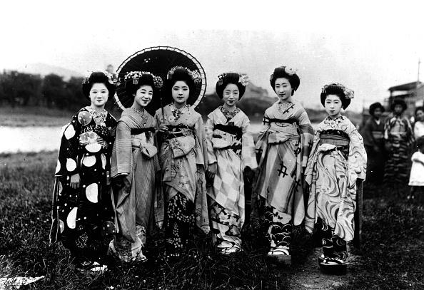芸者「Geisha Girls」:写真・画像(17)[壁紙.com]