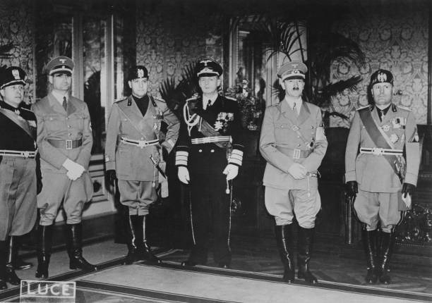Hitler In Rome:ニュース(壁紙.com)