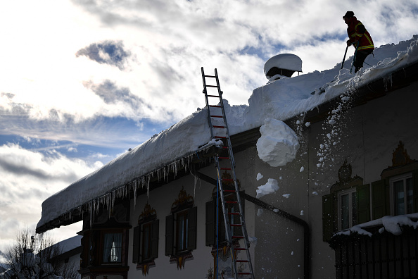 Krün「Austria And Southern Germany Inundated With More Snow」:写真・画像(15)[壁紙.com]