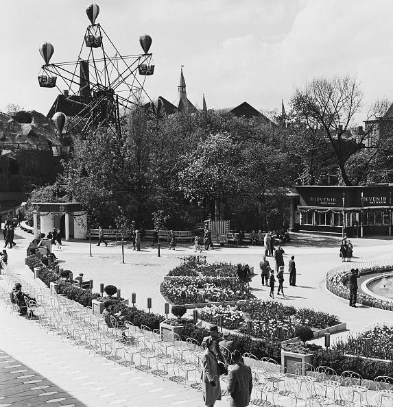 Derek Berwin「Tivoli Gardens」:写真・画像(0)[壁紙.com]