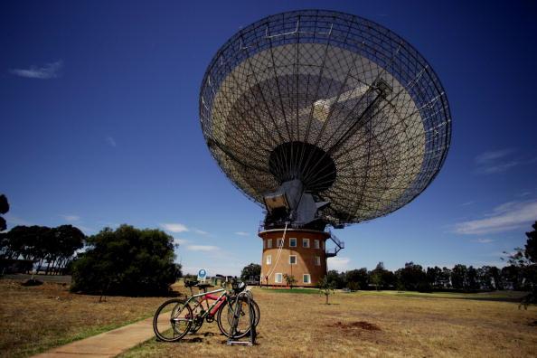 "Industry「""The Dish"" Radio Telescope」:写真・画像(13)[壁紙.com]"