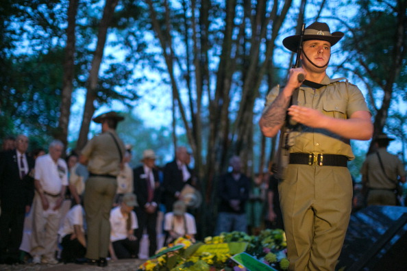 Dawn「ANZAC Day Commemorated At Hellfire Pass In Thailand」:写真・画像(5)[壁紙.com]