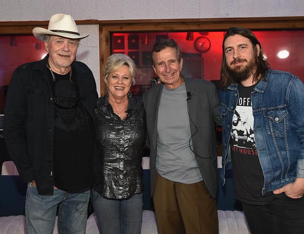写真「Hit-Makers Reflect At Historic RCA Studio B For Studio's 60th Anniversary」:写真・画像(0)[壁紙.com]