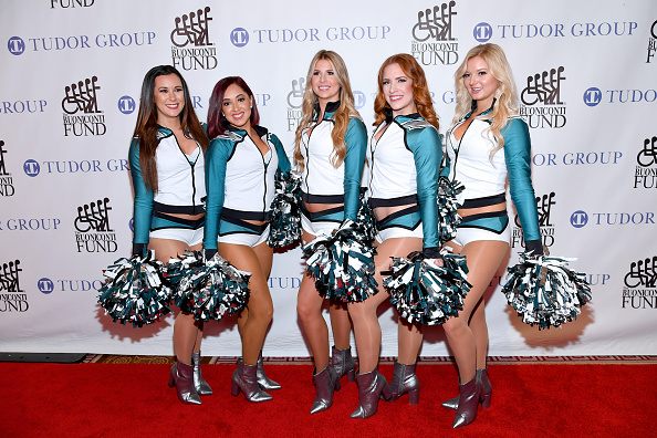 Philadelphia Eagles「33rd Annual Great Sports Legends Dinner To Benefit The Buoniconti Fund To Cure Paralysis - Arrivals」:写真・画像(8)[壁紙.com]