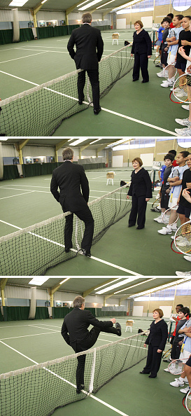 2012 Summer Olympics - London「Tony Blair Visits Sports Centre Ahead Of 2012 Olympics Announcement」:写真・画像(17)[壁紙.com]